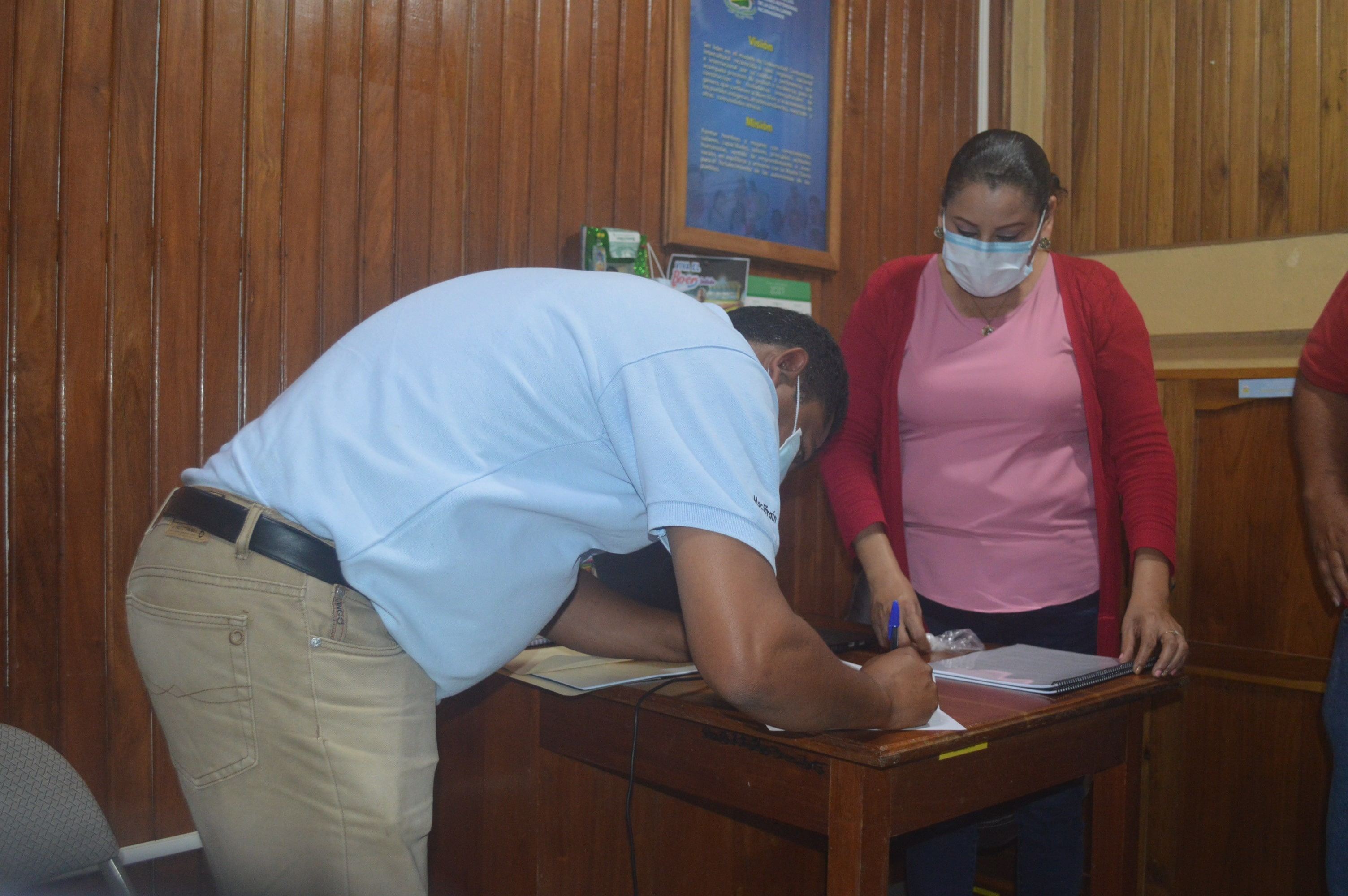 Registration of election candidates in URACCAN campus Las Minas