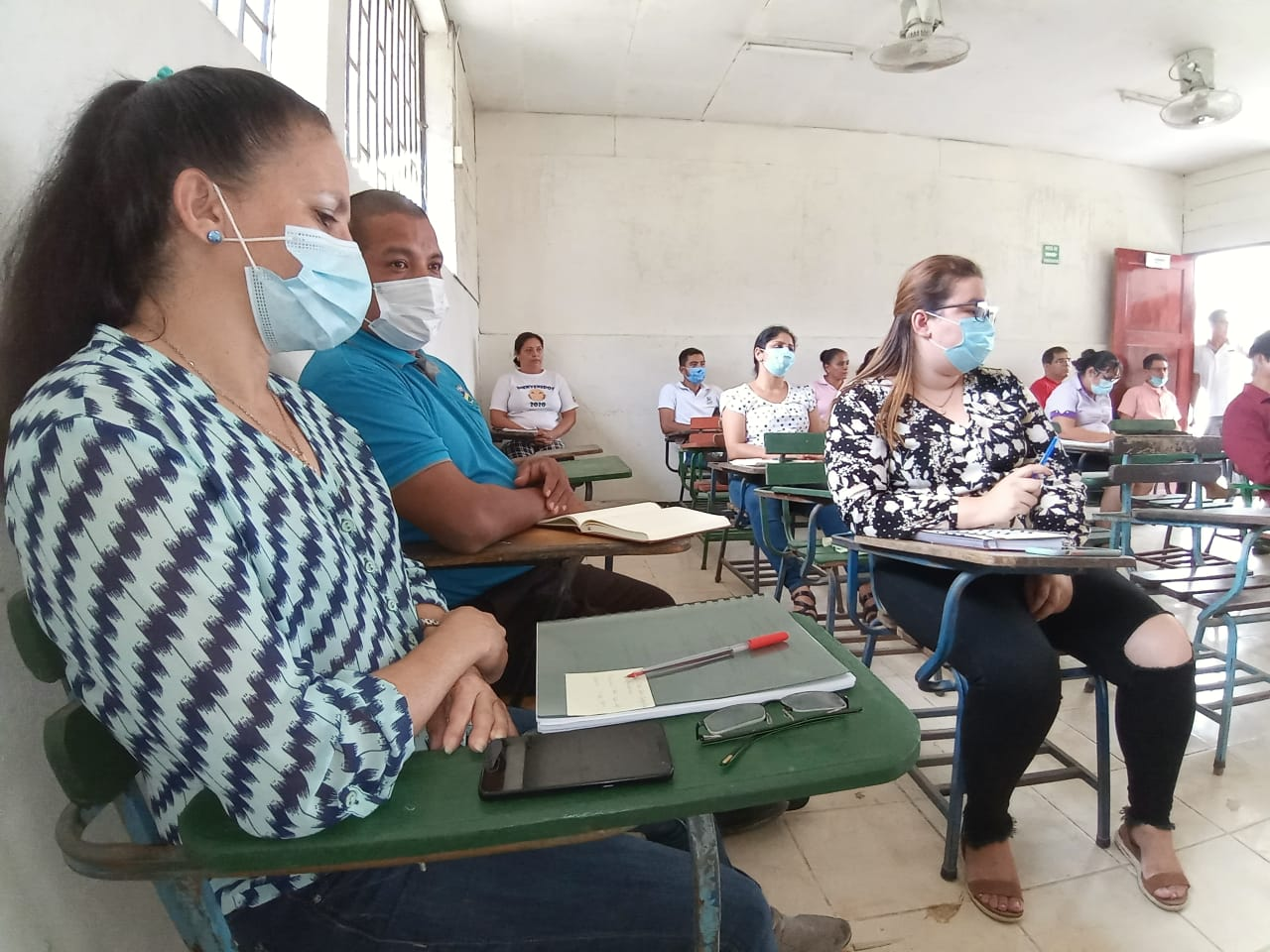Dialogue with teaching staff at URACCAN Las Minas venue